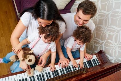 éveil musical en famille