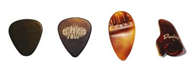 choisir-mediator-guitare