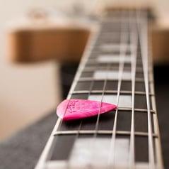 Le médiator pour guitare