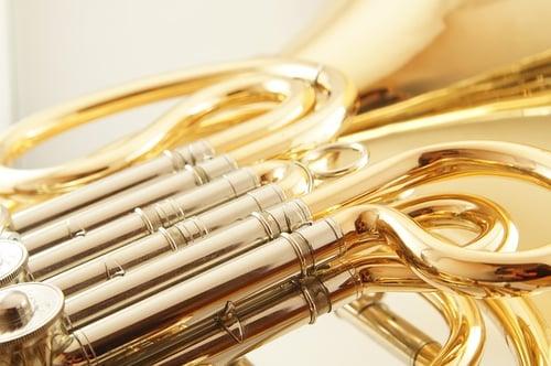 jouer du cor
