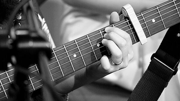 jouer du blues a la guitare