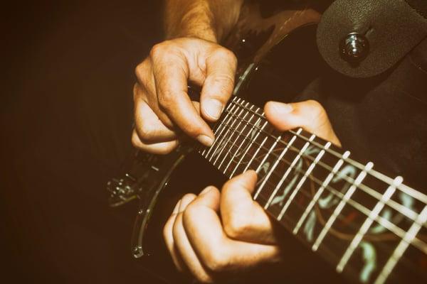 Douleur aux doigts - Guitare