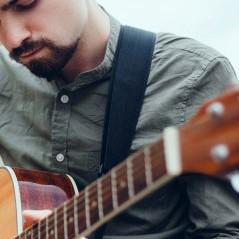 guitare-sangle