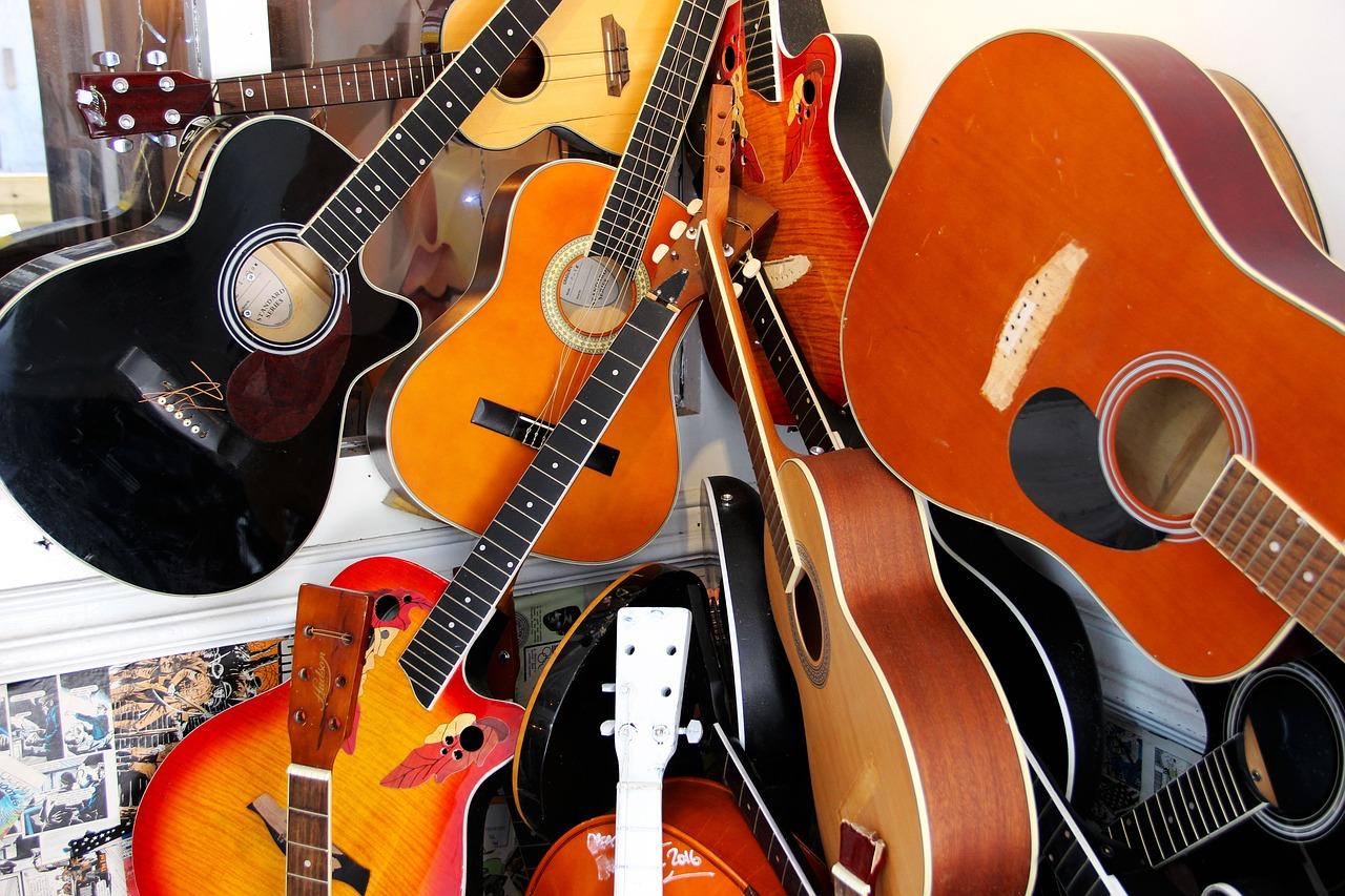taille de guitare acoustique