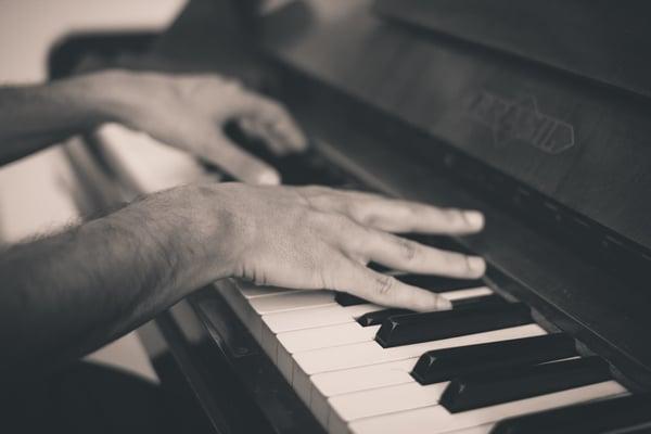 Les formes musicales adaptées au piano
