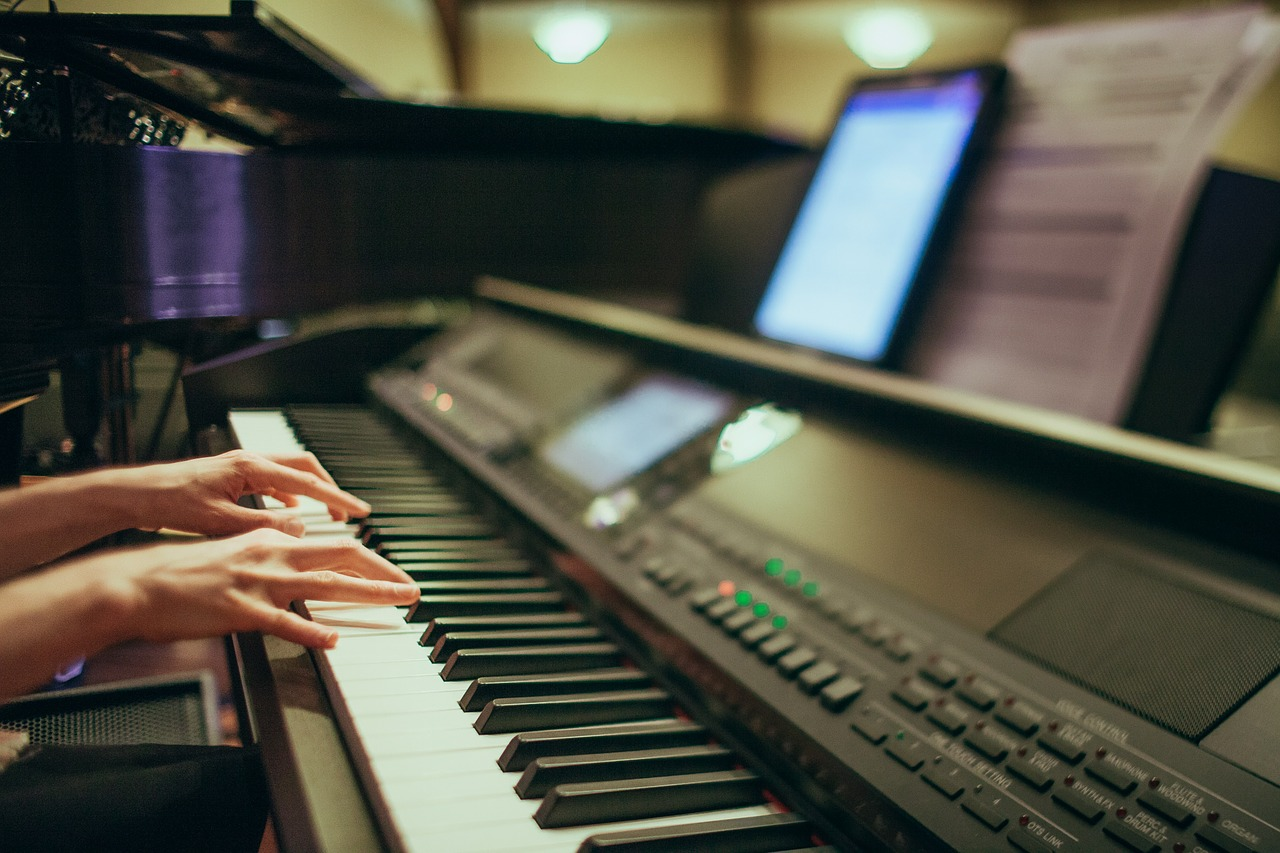 piano ou synthétiseur