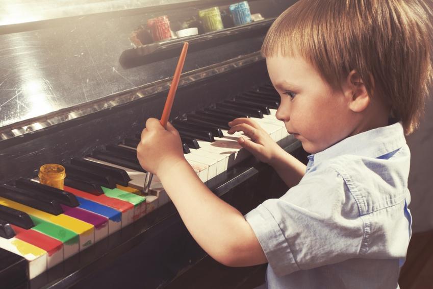 enfant cours de musique