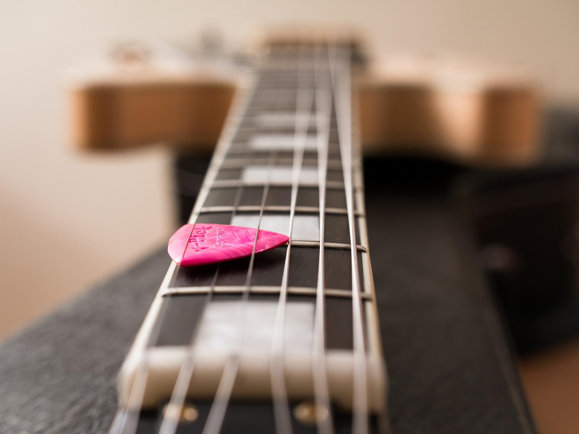 guitare_mediator