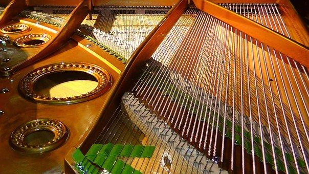 piano-strings-108452__340