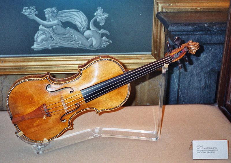 stradivarius 2